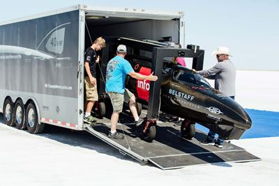 Unloading the Triumph Infor Rocket