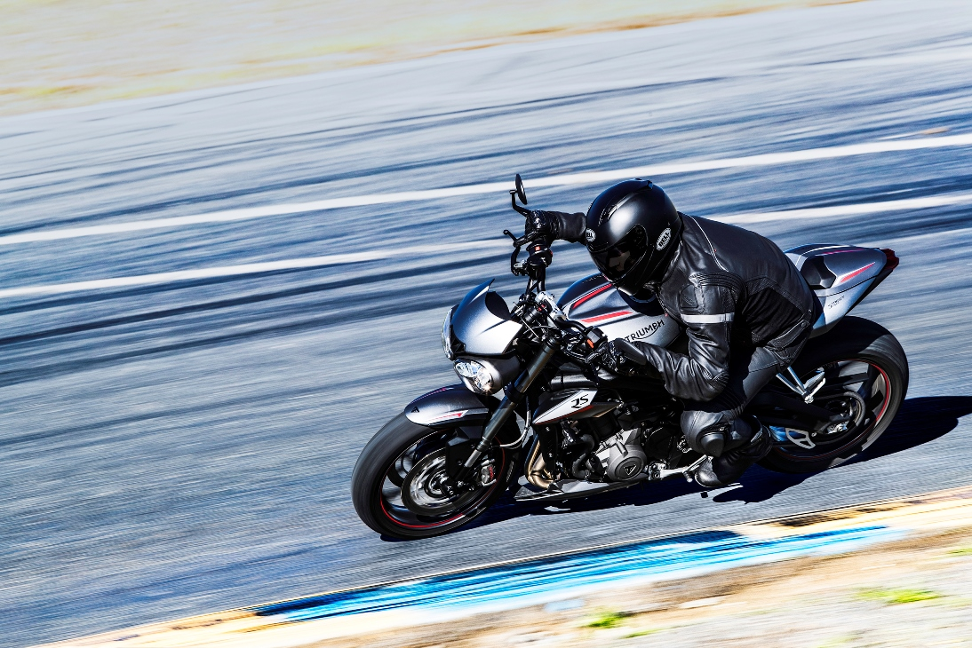 Street Triple RS on corning on a race track