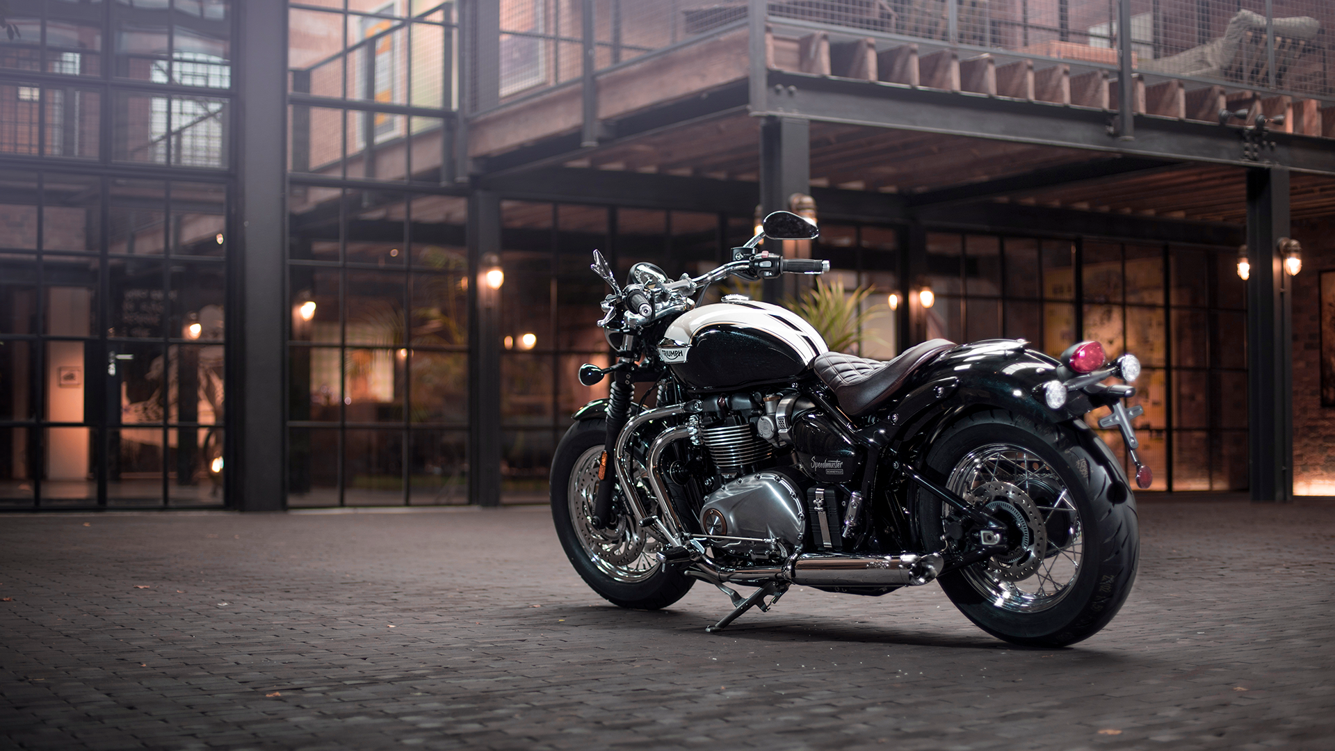 Accessorised Triumph Bonneville Speedmaster including the brown quilted rider seat and teardrop cast mirrors