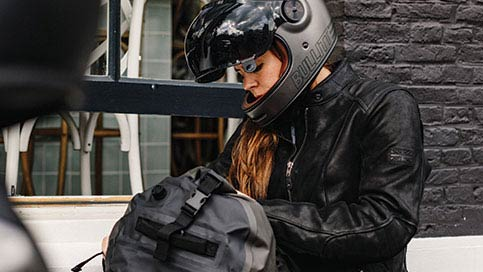 Rider using Triumph bag