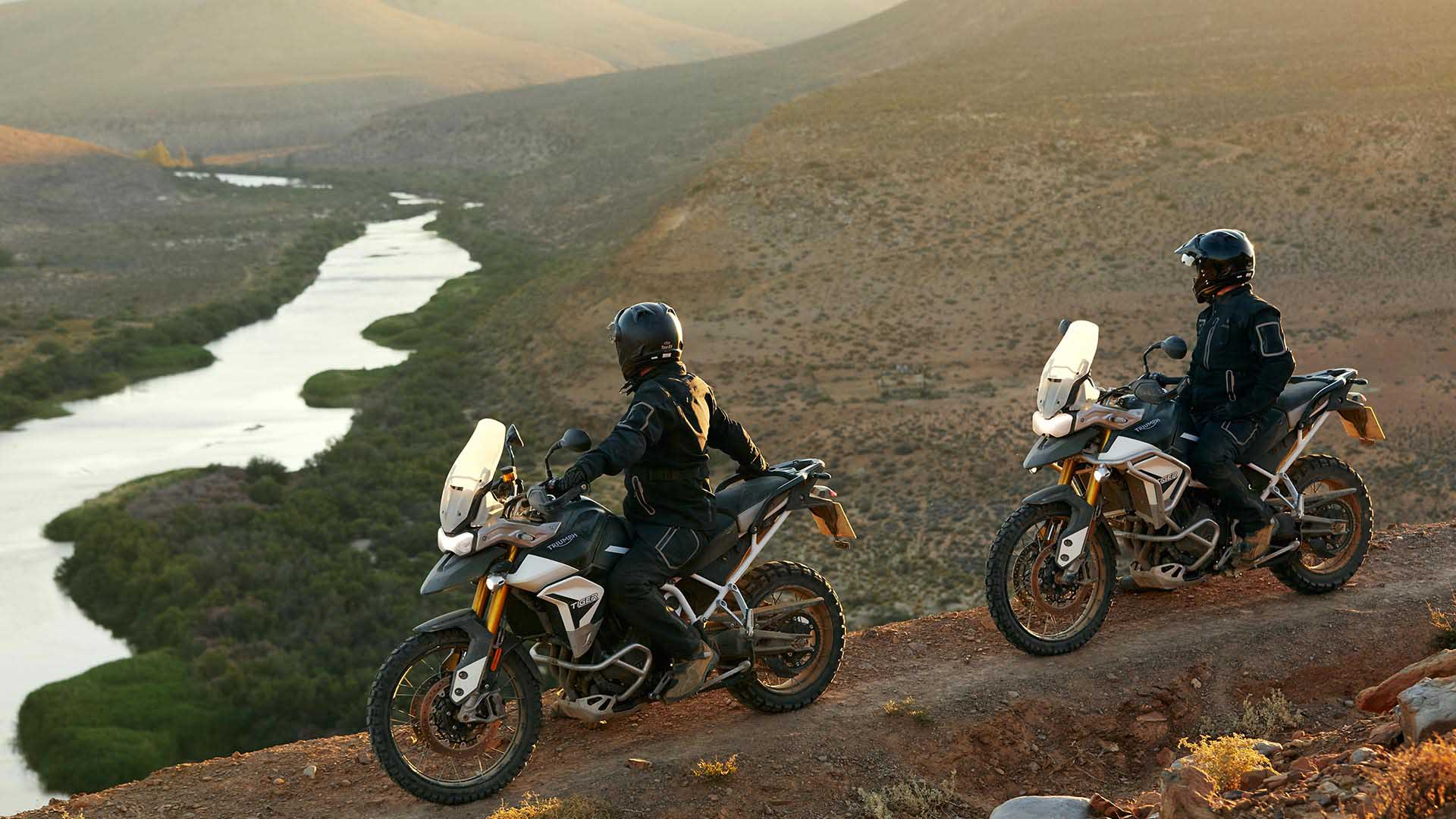 Landscape shot of South Africa with Triumph Tiger Rally Pro's in Matt Khaki Green