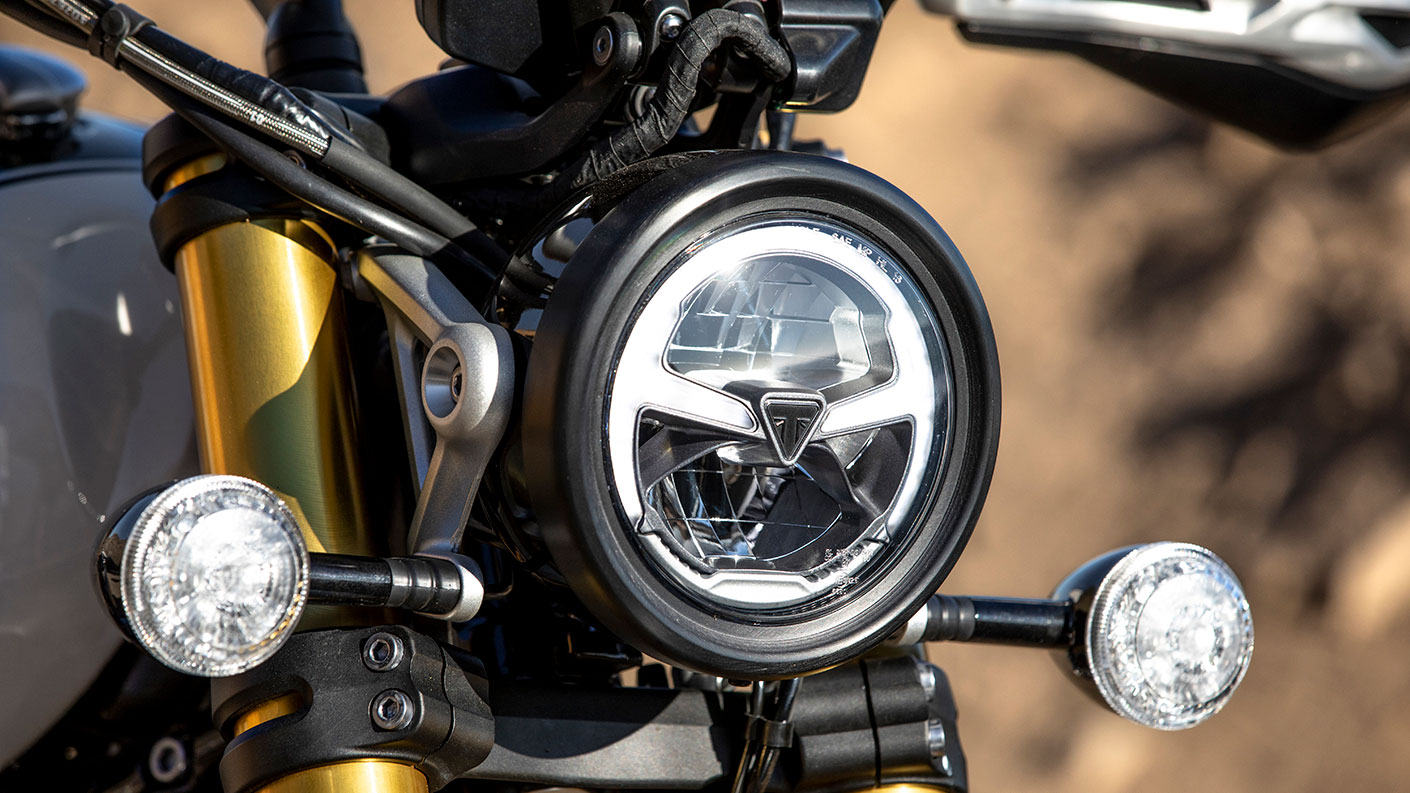 Triumph Scrambler 1200 LED headlight, with distinctive gold cartridge forks behind
