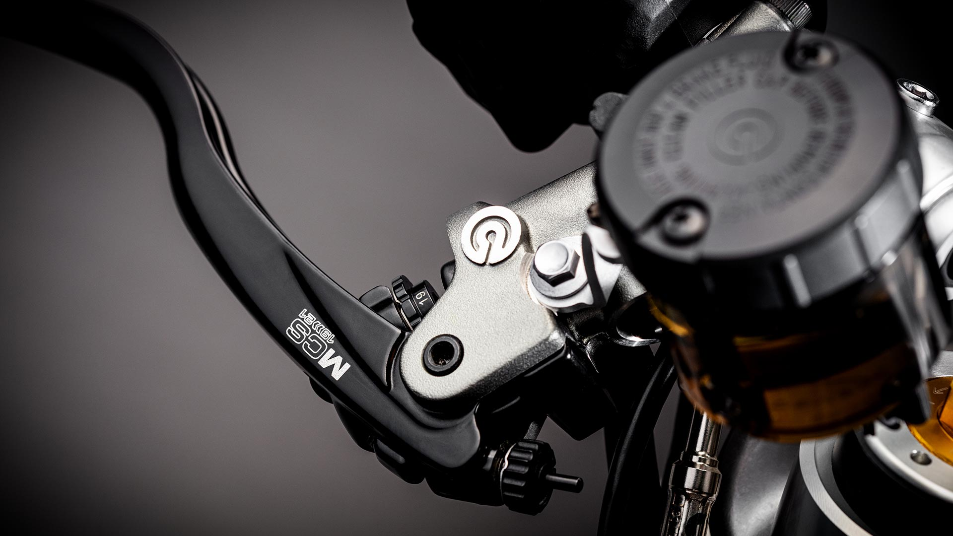 Close-up shot of the Triumph Bobber TFC's front brake lever